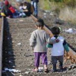 Crianças migrantes sozinhas são insulto à dignidade humana, denuncia Santa Sé